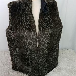GUESS Reverse Faux Fur Gray Brown Leopard Vest L